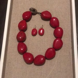 Red choker-style Necklace & Earring Set